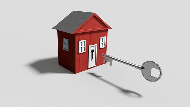 dům a klíč